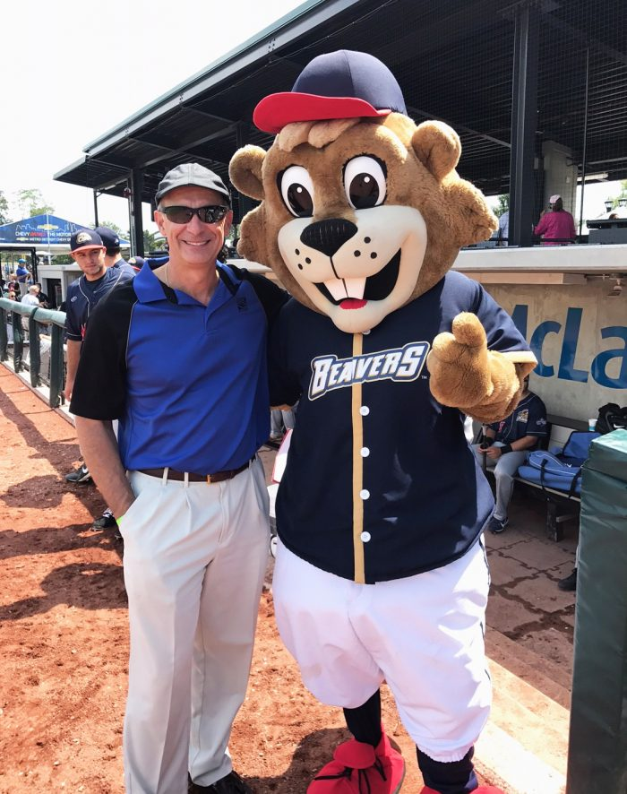 "AEW Executive Vice President Steve Pangori and ""Buzz,"" the Birmingham-Bloomfield Beavers mascot."