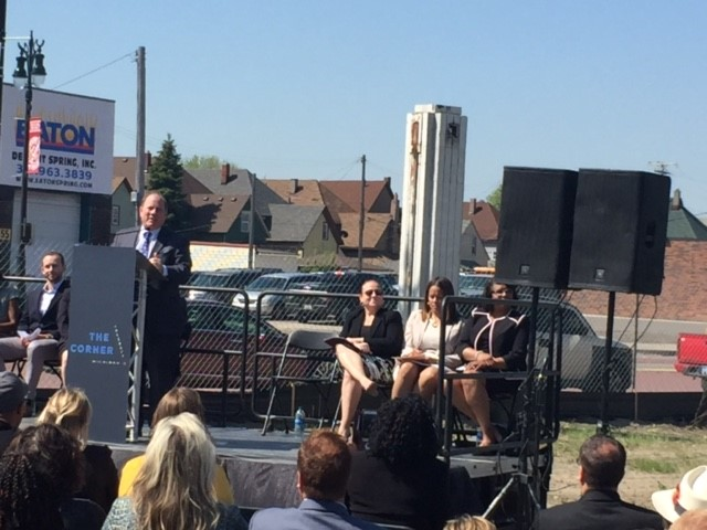 Detroit Mayor Mike Duggan, along with a number of officials, participated in the groundbreaking ceremonies.